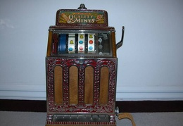 Caille Slot Machine 1927, .05 cent.JPG